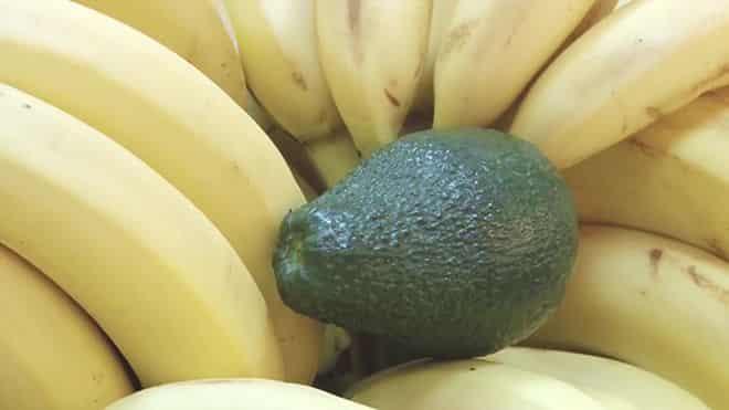 s-bananom