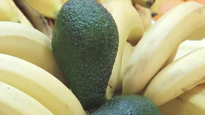 ananasa-ili-banana