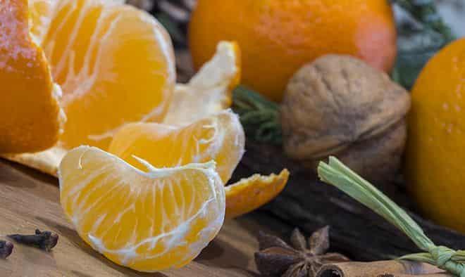 frukty-narezayut