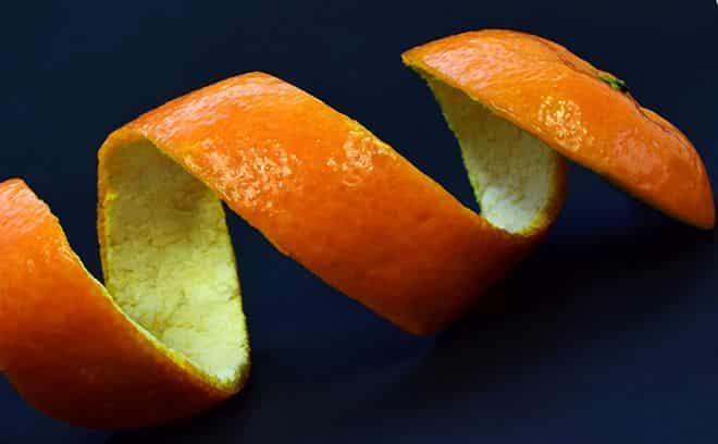 v-kozhure-fruktov